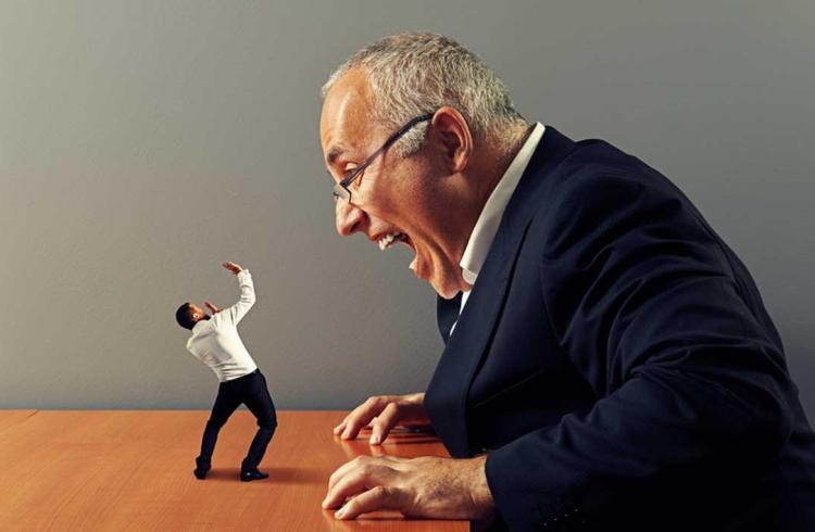 25 dấu hiệu cho biết bạn có một ông chủ khủng khiếp
